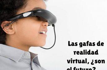 nino-pequeno-disfrutando-de-unas-gafas-de-realidad-virtual